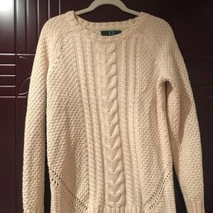 Wool knit pullover sweater
